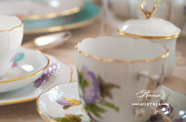 Victoria EVICT 1 and 2 Herend porcelain Dinner and coffee
