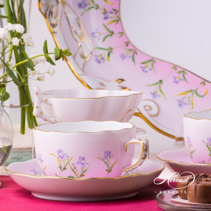 Tea Set with Ribbon Tray for 2 Persons - Iris Pink Flowerpattern. Herend porcelain hand painted
