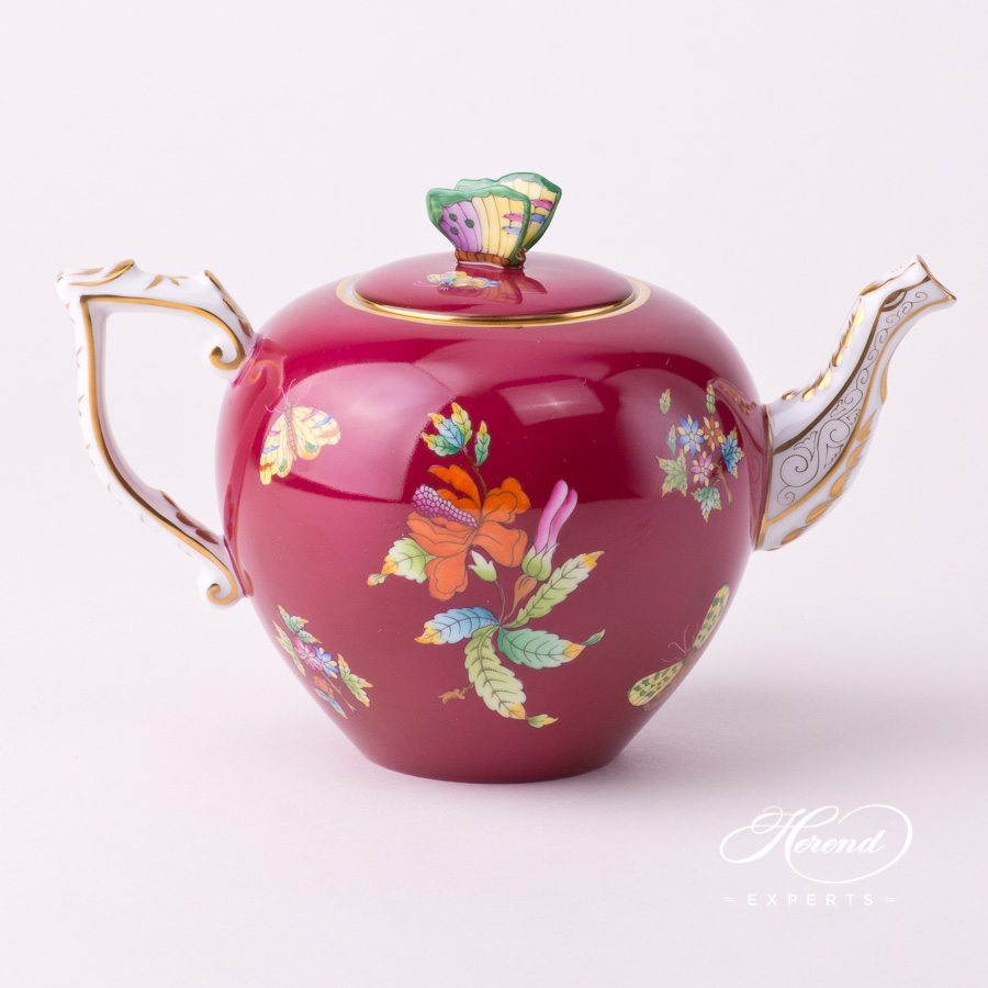 Tea Potwith Butterfly Knob20606-0-17 VE-FP Queen Victoria Purple decor. Herend porcelain tableware. Hand painted