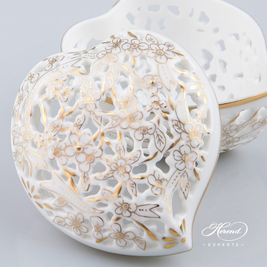 Bonbonniere Heart Shaped 6202-0-00 COR Gilded pattern - Herend porcelain.