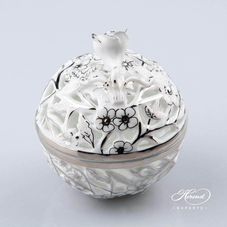 Bonbonniere - Open work 6215-0-09 CPT Platinum pattern - Herend porcelain hand painted.