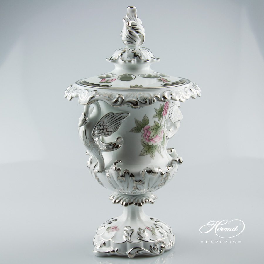 Fancy Vase with Dragon Handle 6489-0-19 VBOG-X1-PT Queen Victoria Platinum decor - Herend porcelain.