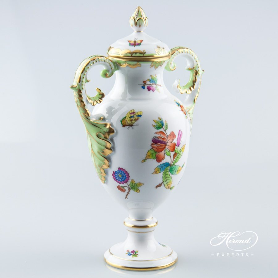 Fancy vase with lid queen victoria herend experts fancy vase with lid 6492 0 23 vbo queen victoria decor herend porcelain reviewsmspy