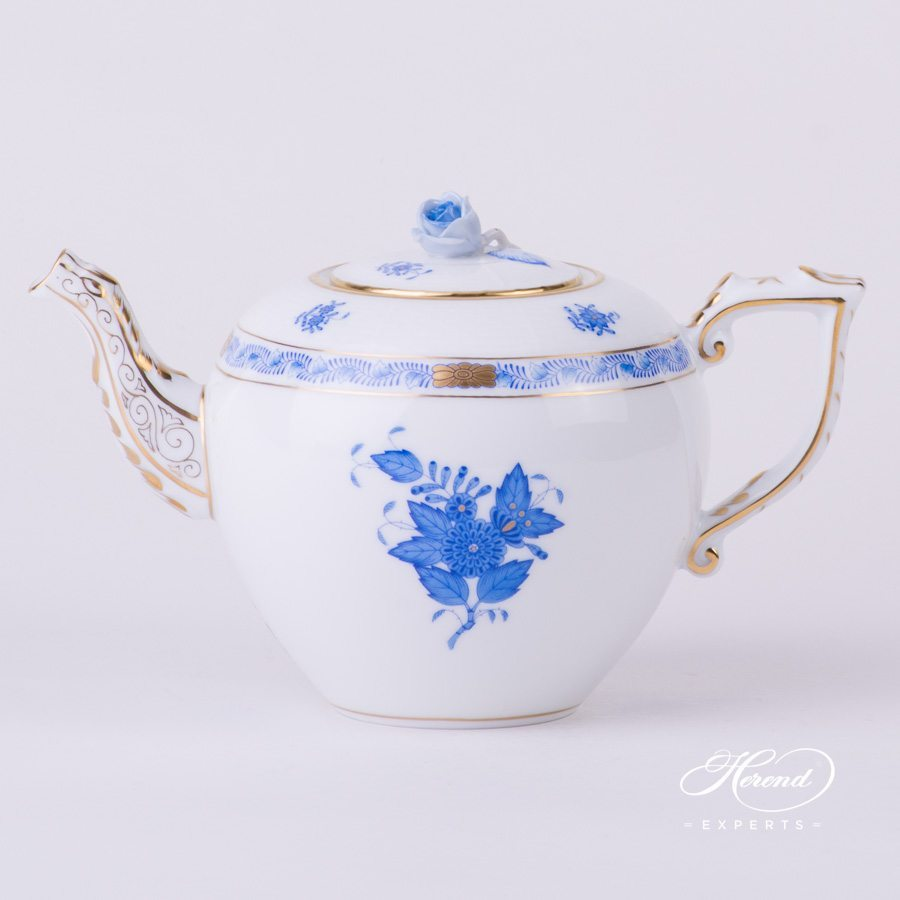 Tea Pot with Rose Knob 606-0-09 AB Apponyi Blue pattern. Herend porcelain hand painted