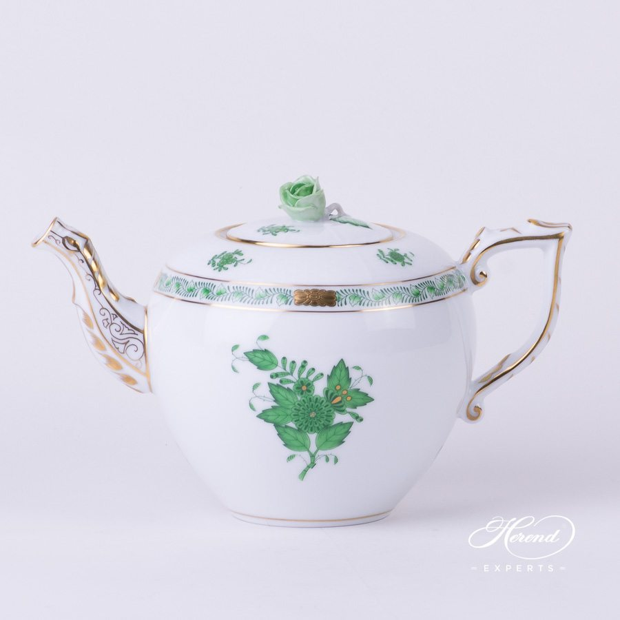 Tea Pot w. Rose Knob 606-0-09 AV Chinese Bouquet / Apponyi Green decor. Herend porcelain hand painted
