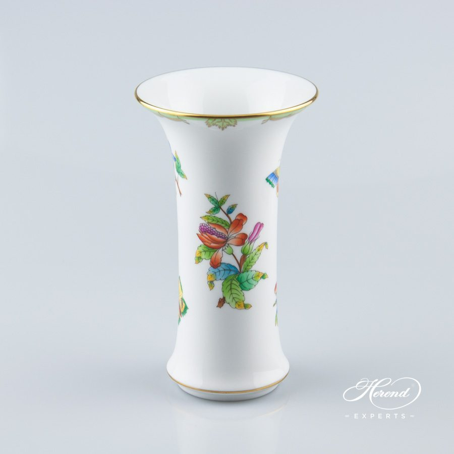 Vase 6443-0-00 VBO Queen Victoria pattern - Herend porcelain hand painted.