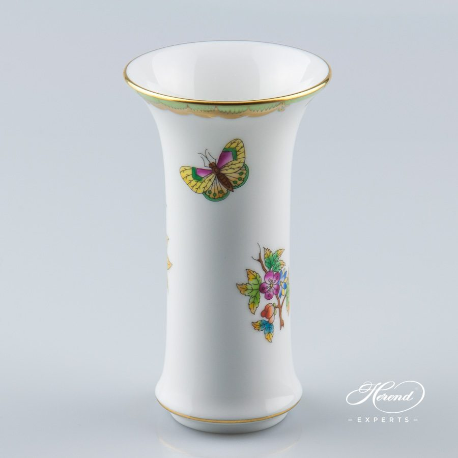 Vase 6444-0-00 VBO Queen Victoria pattern - Herend porcelain hand painted.