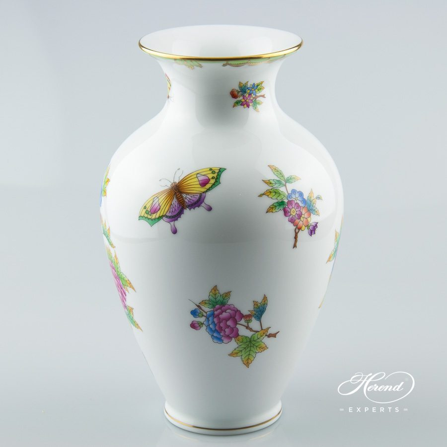 Vase 7002-0-00 VBO Queen Victoria decor - Herend porcelain hand painted.