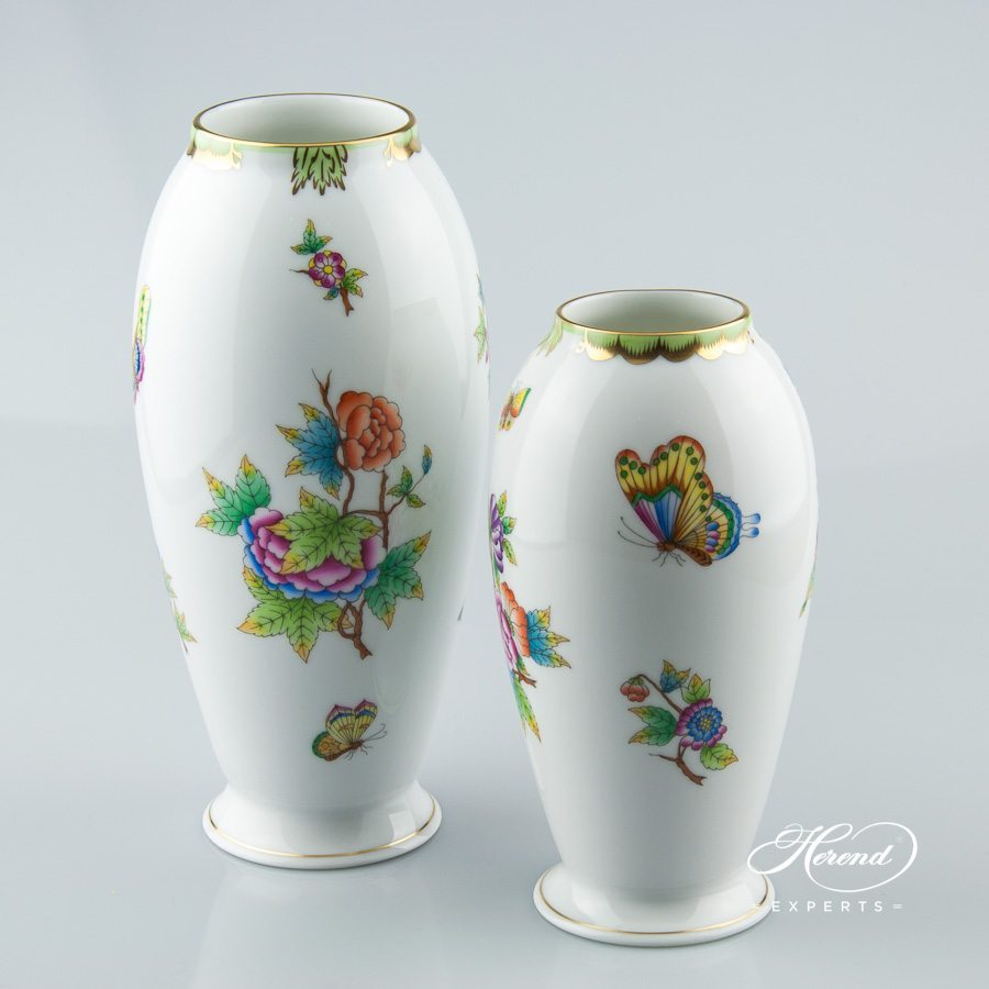 Vase 7011-0-00 VBO and 7012-0-00 VBO Queen Victoria pattern - Herend porcelain hand painted.