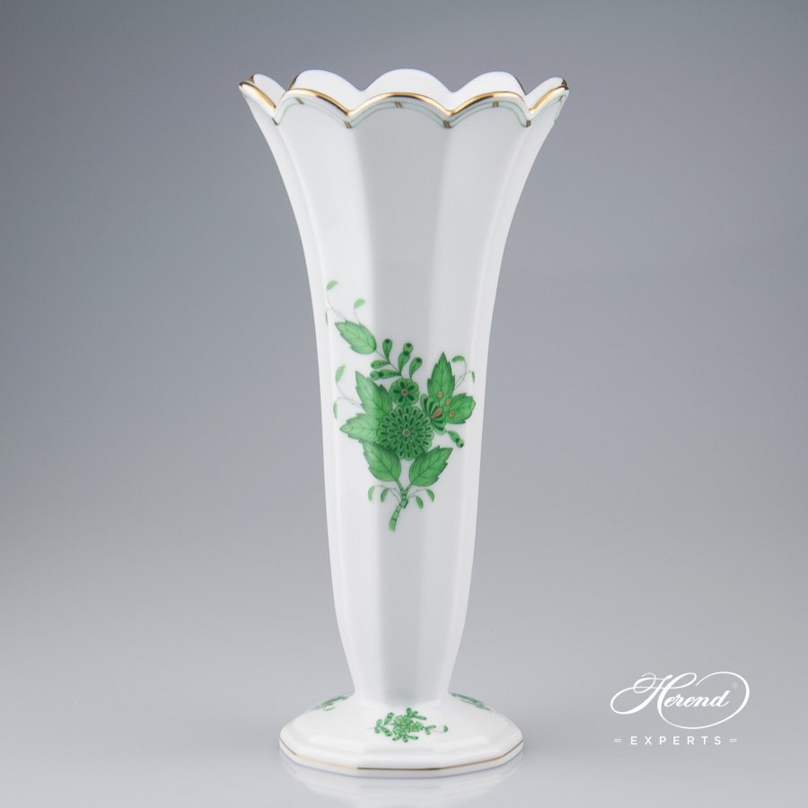 Vase 7075-0-00 AV Apponyi Green pattern - Herend porcelain hand painted.