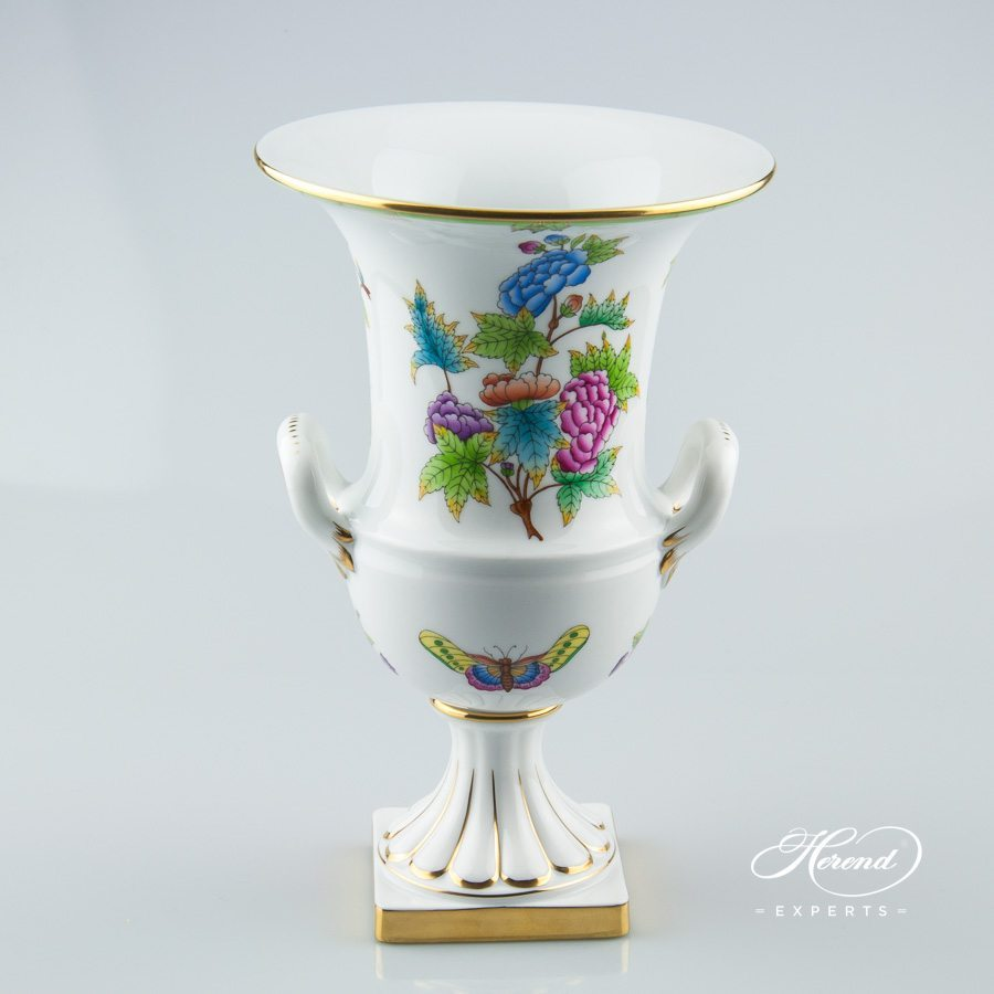 Vase Empire on Base 6431-0-00 VBO Queen Victoria decor - Herend porcelain hand painted.