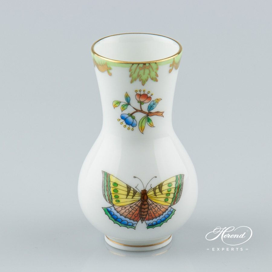 Vase 7102-0-00 VBO Queen Victoria decor - Herend porcelain hand painted.