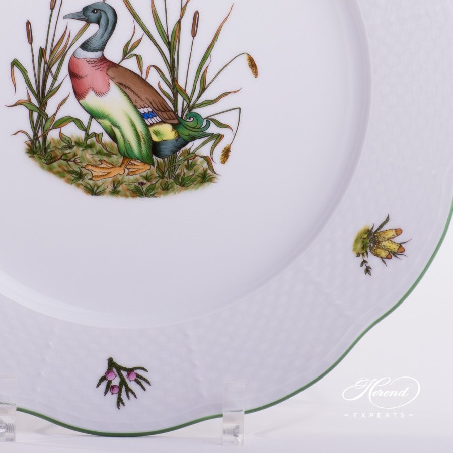 Dinner Plate Hunter Trophies CHTM pattern - Herend porcelain hand painted.
