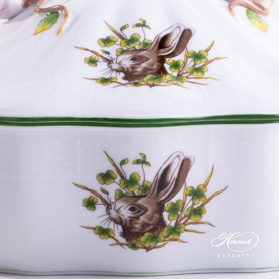 Vegetable / Ragout Dish 50-0-02 CHTM Forest Animals pattern w. Green rim. Herend fine china