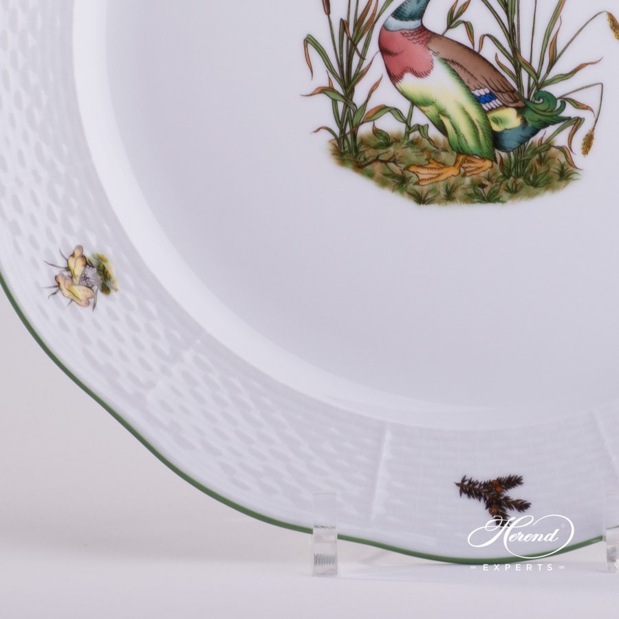 Round Dish Hunter Trophies CHTM pattern - Herend porcelain hand painted.