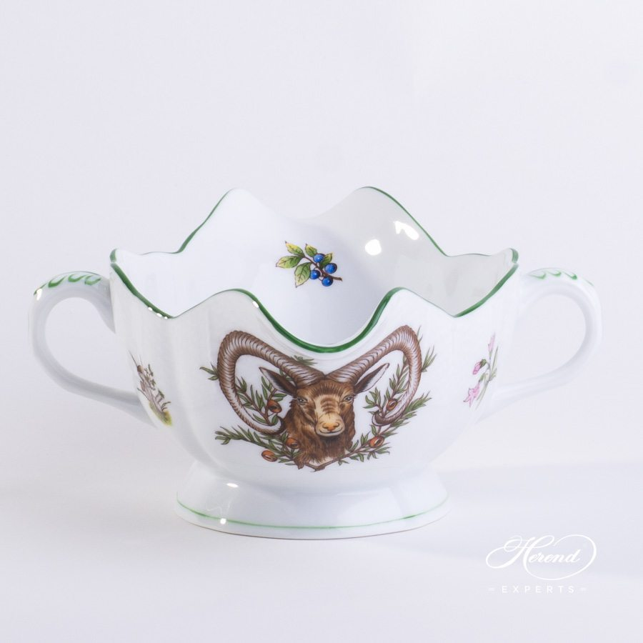 Sauce Boat with Ladle Hunter Trophies CHTM pattern - Herend porcelain hand painted.