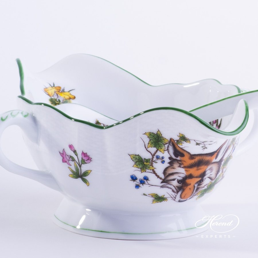 Gravy Boat / Sauce Boat w. Ladle 220-0-00 CHTM Forest Animals pattern w. Green rim. Herend fine china