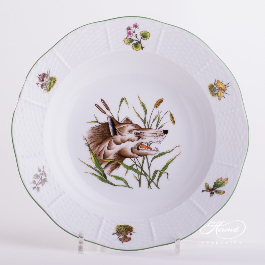 Soup Plate Hunter Trophies CHTM pattern - Herend porcelain hand painted.