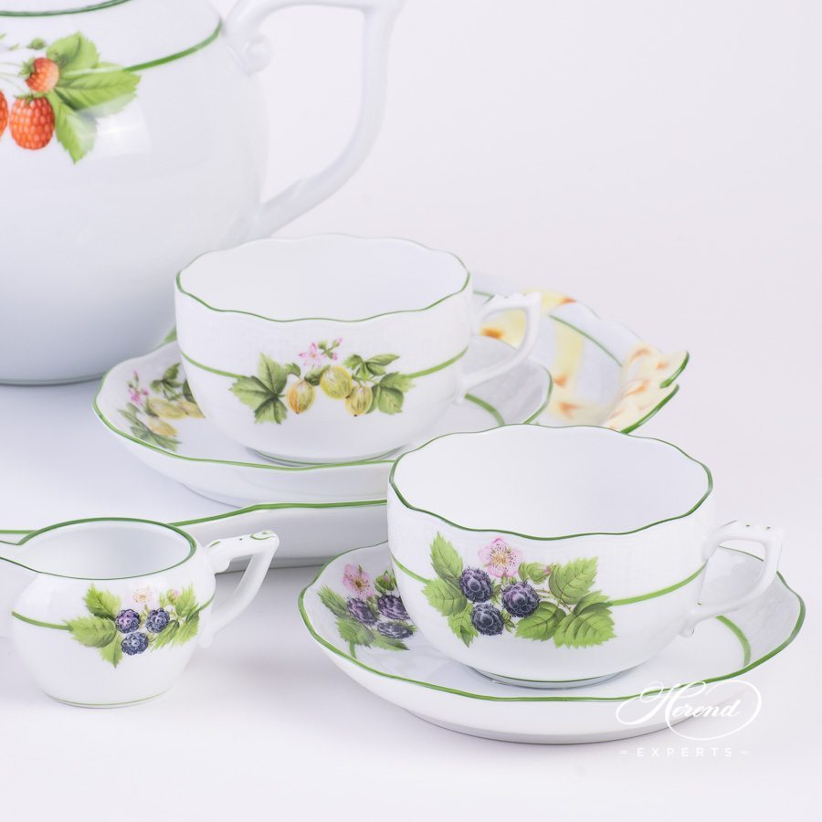 Tea Set for 4 Persons Berried Fruits BAC pattern - Herend porcelain hand painted.
