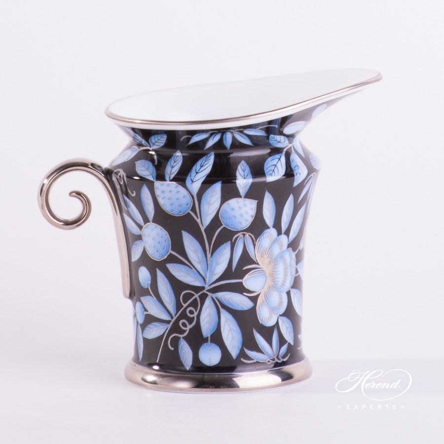 Creamer 4920-0-00 ZOBA-FN-PT blue pattern - Herend porcelain hand painted.