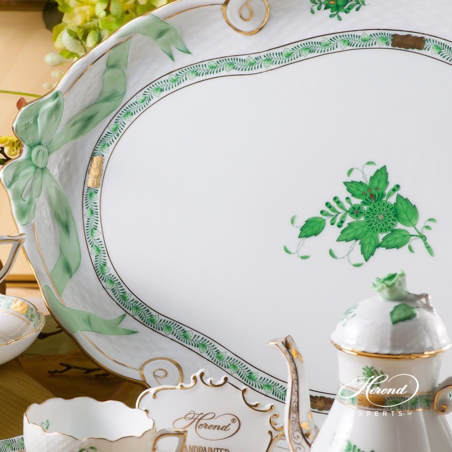Coffee Pot with Rose Knob 613-0-09 AV and Tray with Ribbon 400-0-00 AV - Chinese Bouquet Green / Apponyi Green decor. Herend porcelain hand painted