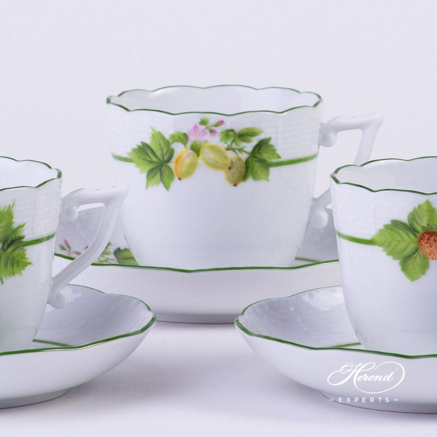 Coffee Set for 4 Persons Berried Fruits BAC - Bacci Fere pattern - Herend porcelain hand painted.