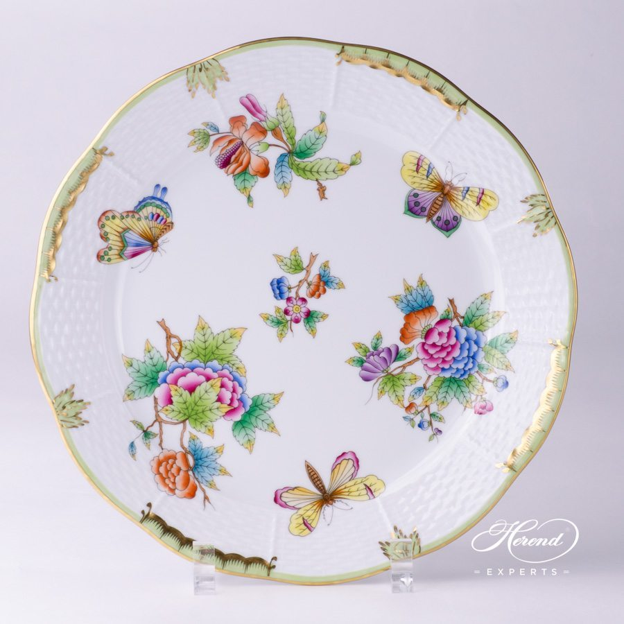 Dinner Plate 524-0-00 VBO Queen Victoria pattern - Herend porcelain hand painted.