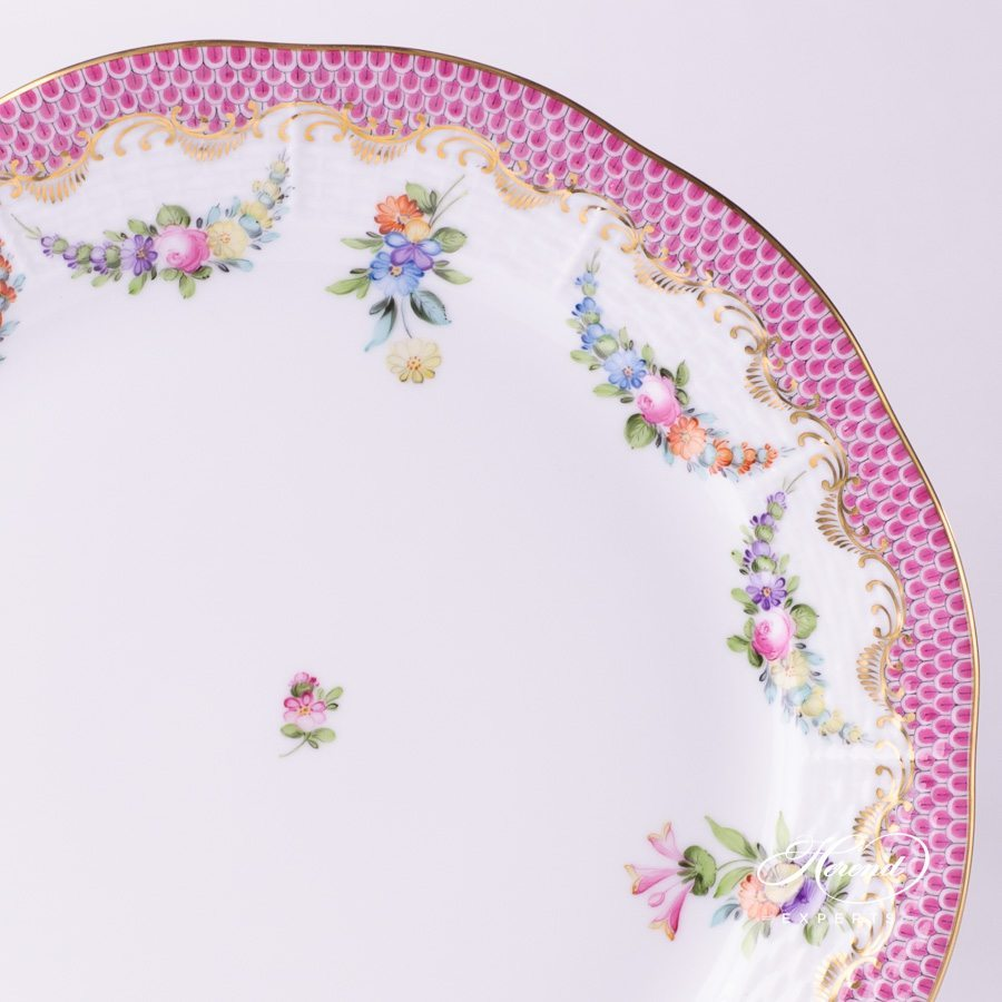 Dinner Plate 524-0-00 LTBS-EPH Flower Garland Purple Fish Scale decor. Herend porcelain hand painted