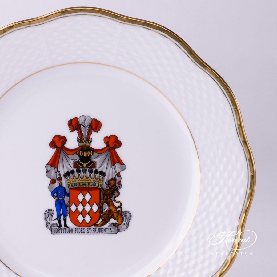 Serving Plate 527-0-00 HD + CIM - Herend Hadik w. Coat of Arms. Herend fine china hand painted. Rich Golden Edge. Classical Herend design