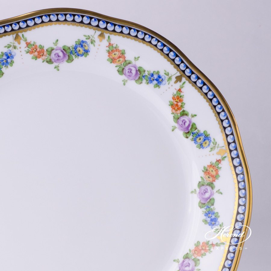 Dinner Plate 20524-0-00 GPN Pearls pattern - Herend fine china hand painted.