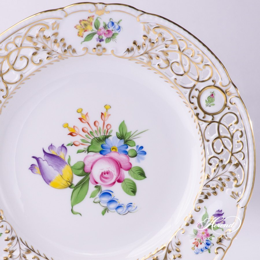 Wall Plate 8429-0-50 BT Bunch of Tulip pattern - Open work - Herend porcelain hand painted.