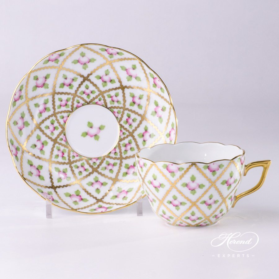 Tea Cup withSaucer20730-0-00 SPROG Sevres Roses decor. Herend porcelain hand painted. Classic Herend pattern