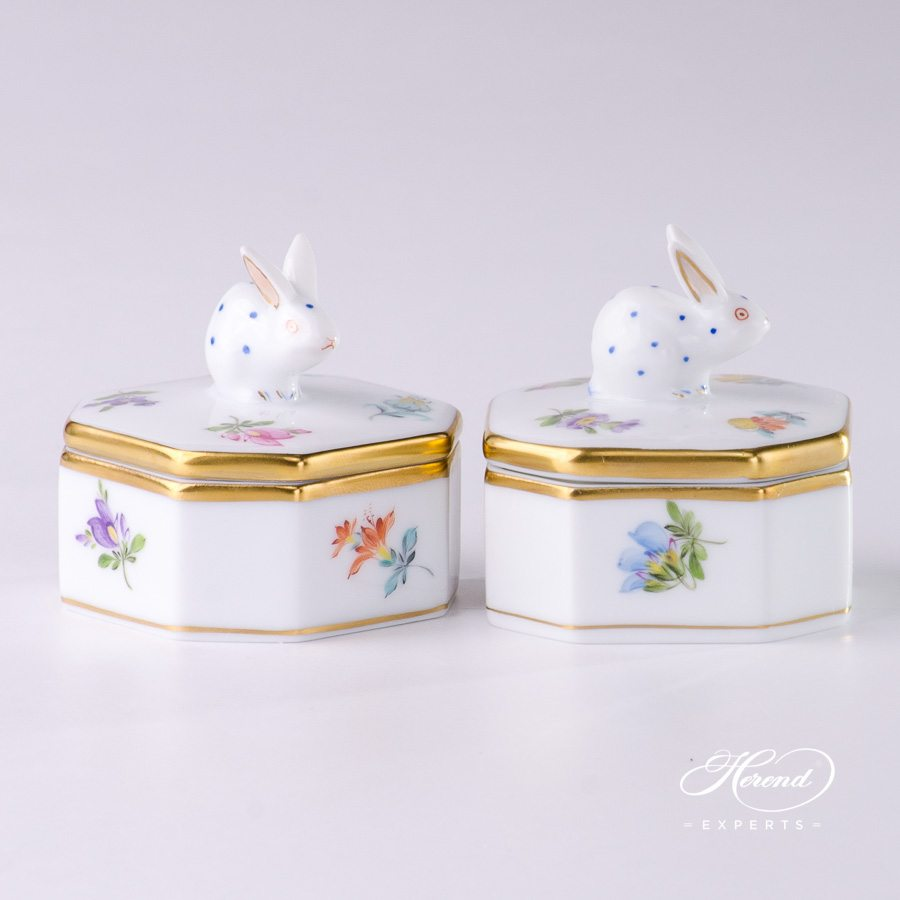 Fancy Box with Rabbit Knob 6105-0-25 MF Thousand Flowers pattern - Herend porcelain.