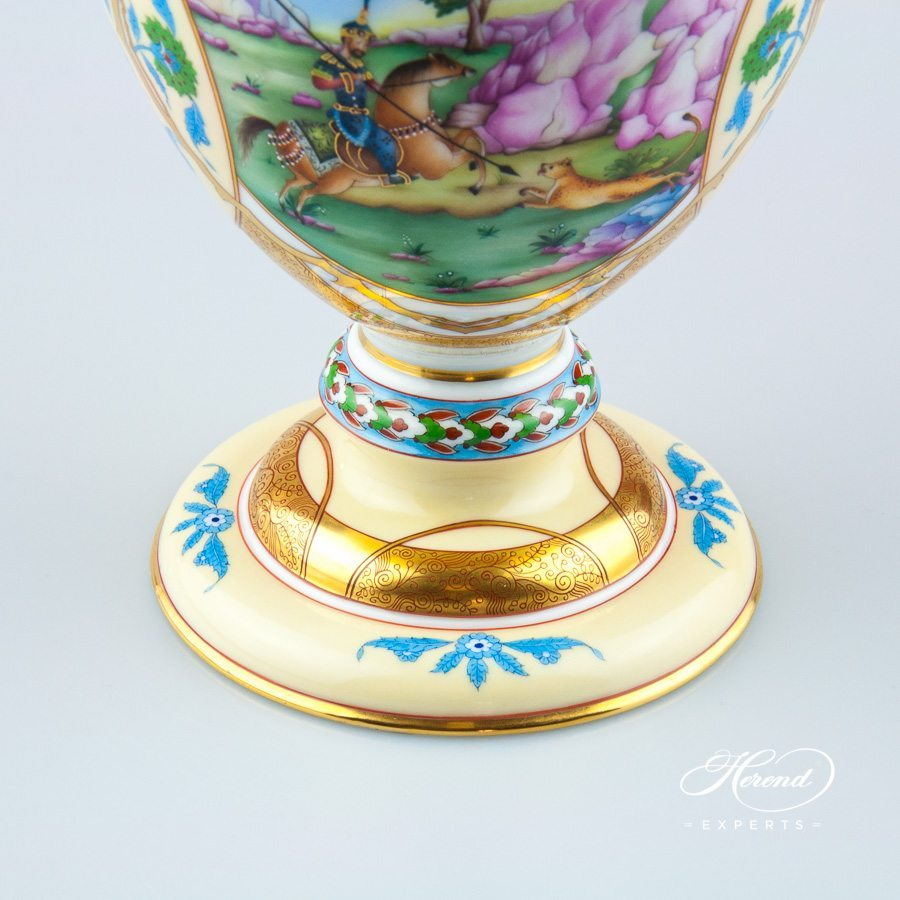 Fancy Jug Special pattern with Persian motifs - Herend porcelain hand painted.