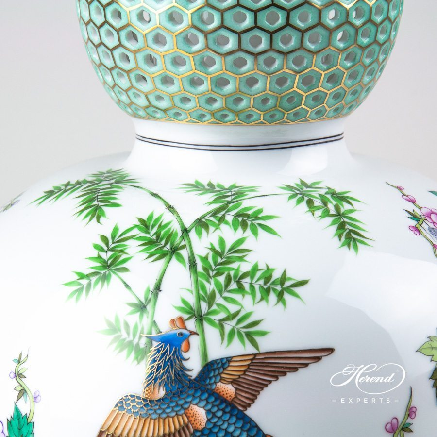Phoenix Fancy Vase 6711-0-00 SP840 naturalistic pattern - Herend porcelain hand painted.