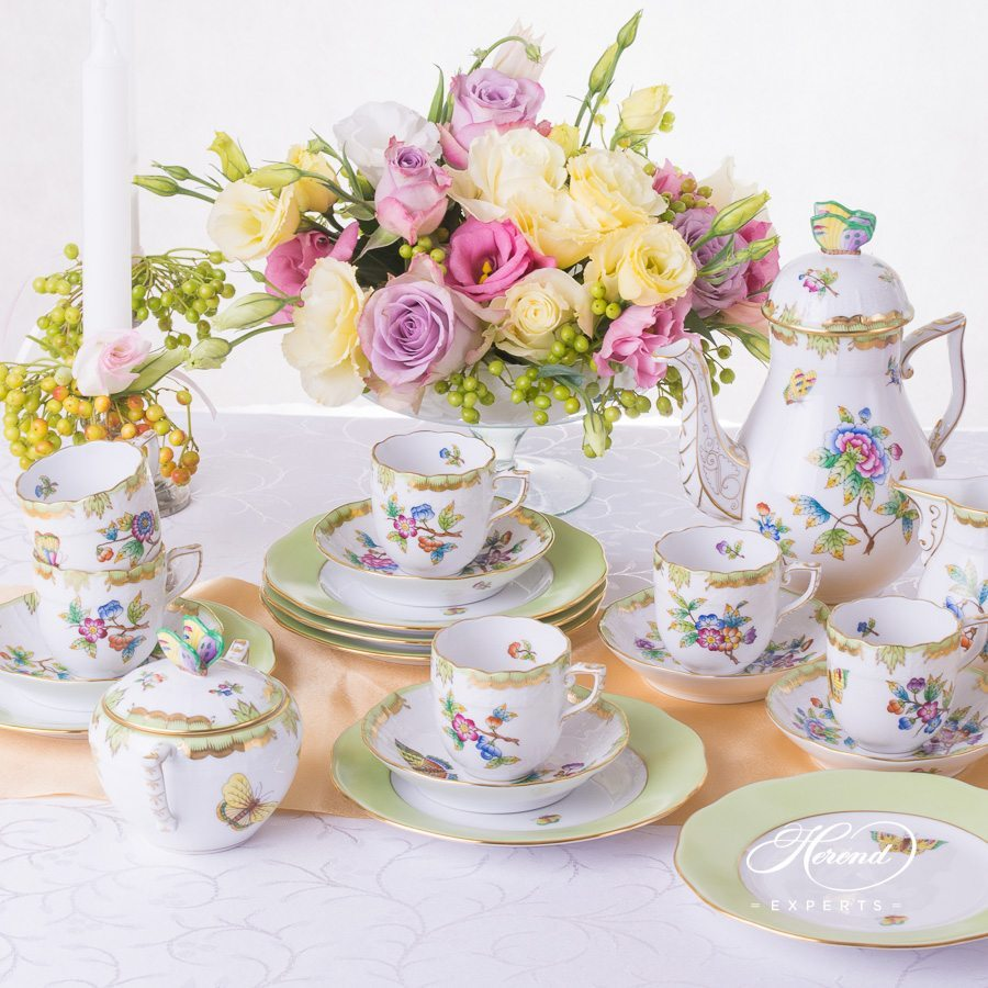 Mocha Set for 6 persons Queen Victoria VBO pattern - Herend porcelain hand painted.
