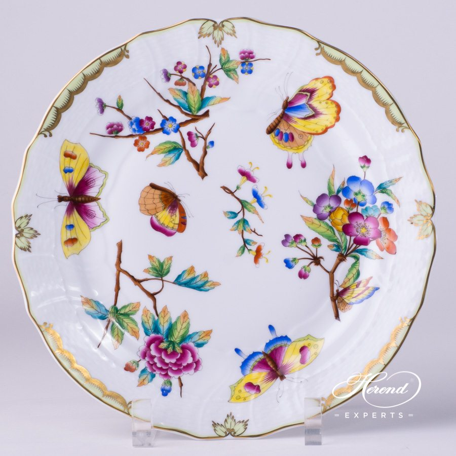 Dessert Plate 1521-0-00 VICTORIA - Old Queen VICTORIA decor. Herend porcelain tableware. Hand painted