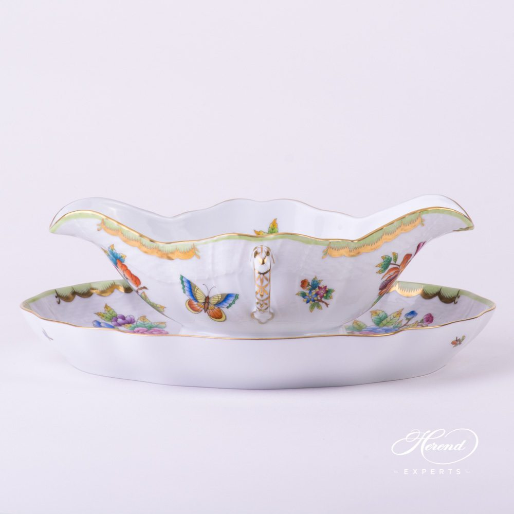 Sauce Boat with Oval Dish Queen Victoria VBO pattern - Herend porcelain.