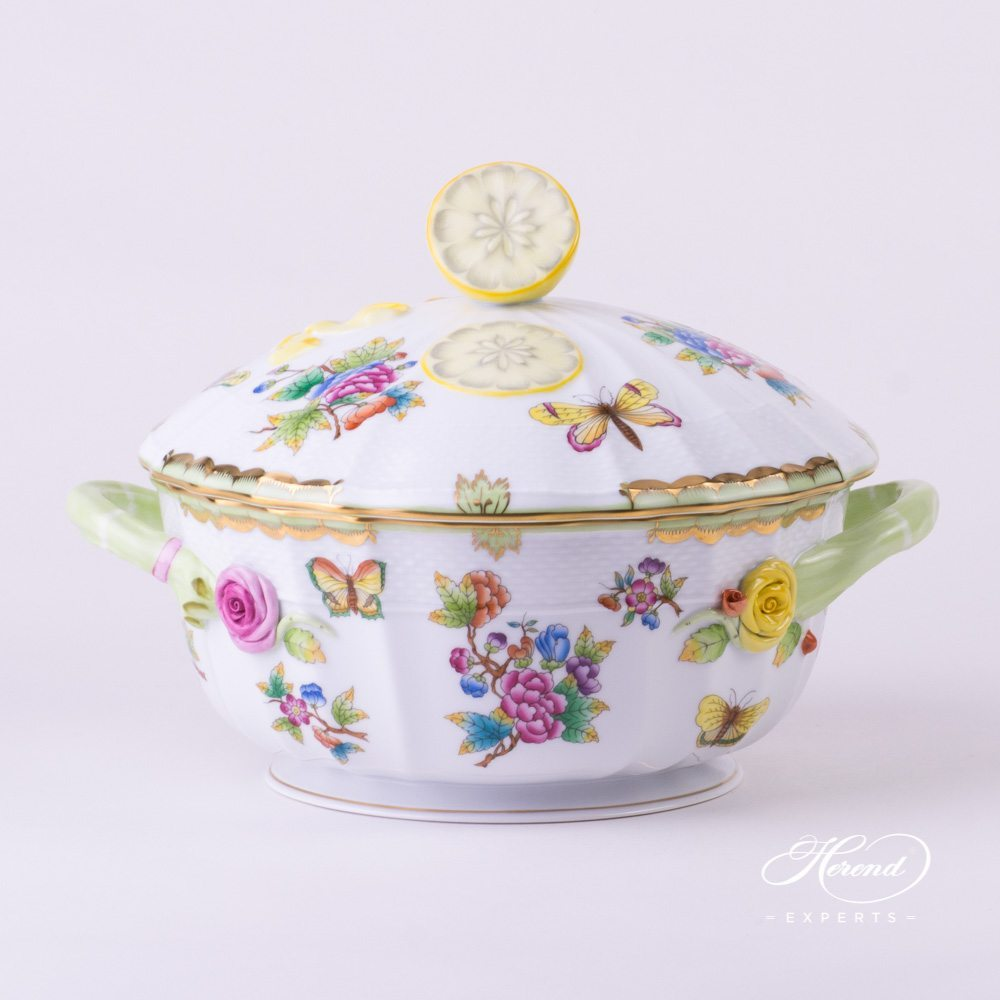 Soup Tureen with Lemon Knob Queen Victoria VBO pattern - Herend porcelain.
