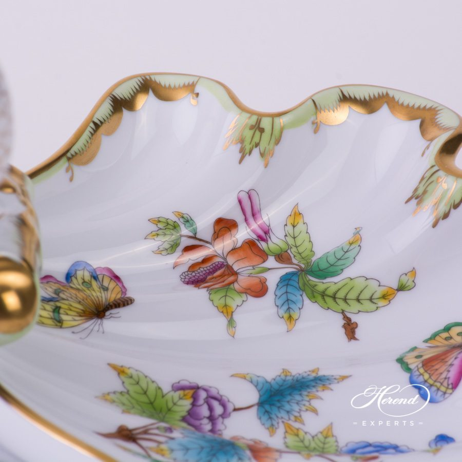 Queen Victoria - VBO pattern Double Shell with Fish - Herend porcelain.