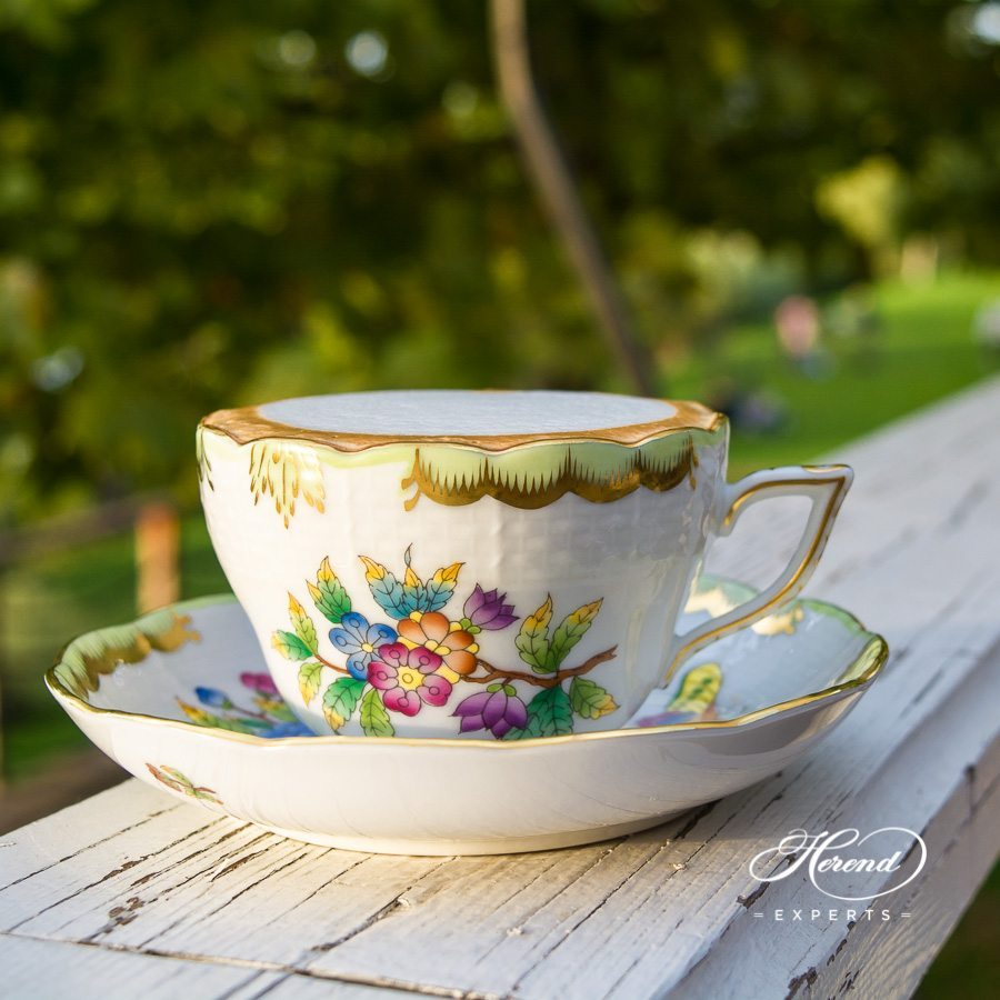 Tea Cup or Coffee Cup with Saucer 730-0-00 VBO Queen Victoria pattern - Herend fine china.