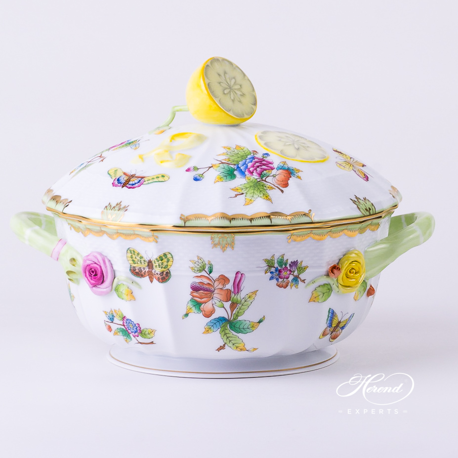 Soup Tureen w. Lemon Knob 1023-0-03 VBO Queen Victoria design. Herend fine china tableware. Hand painted