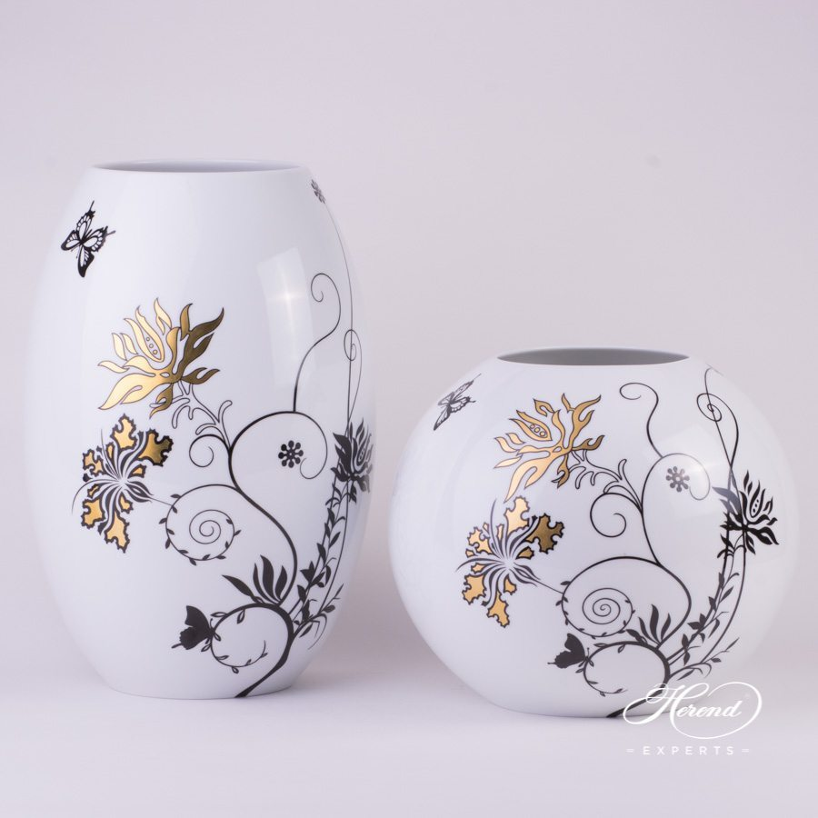 Vase big Hibiscus 7007-0-00 MXHIB and Vase Hibiscus 7005-0-00 MXHIB pattern - Herend porcelain hand painted.