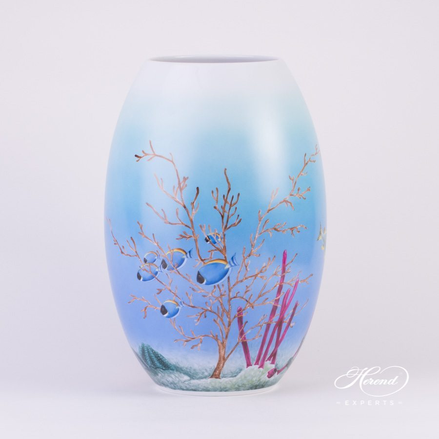 Vase Marine Life 7007-0-00 SP843-A Special naturalistic pattern - Herend porcelain hand painted.