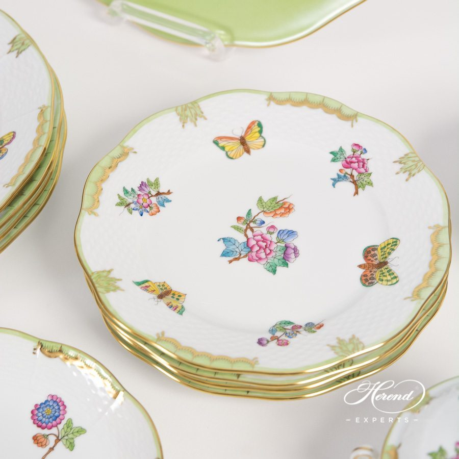 Dinner Set Queen Victoria VBA pattern - Herend porcelain hand painted.