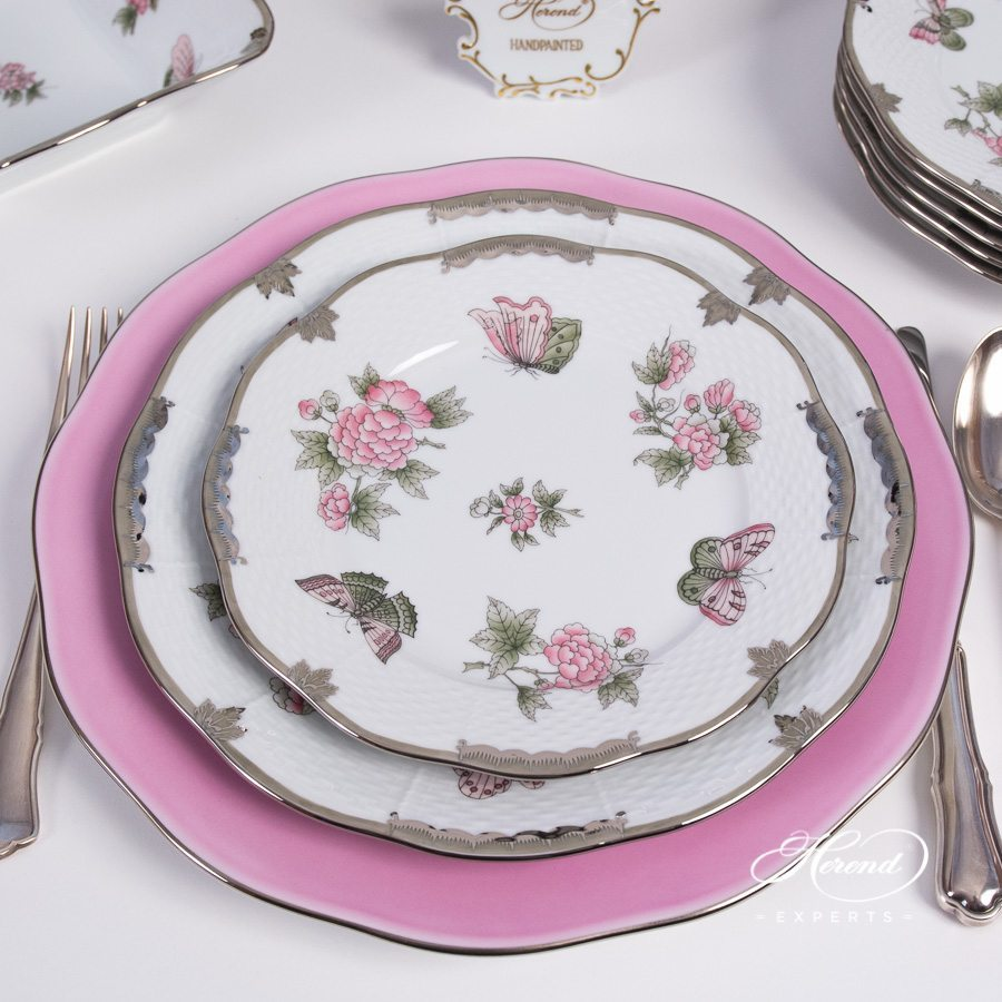 Dinner Set Queen Victoria Platinum - VBOG-X1-PT pattern - Herend porcelain hand painted.