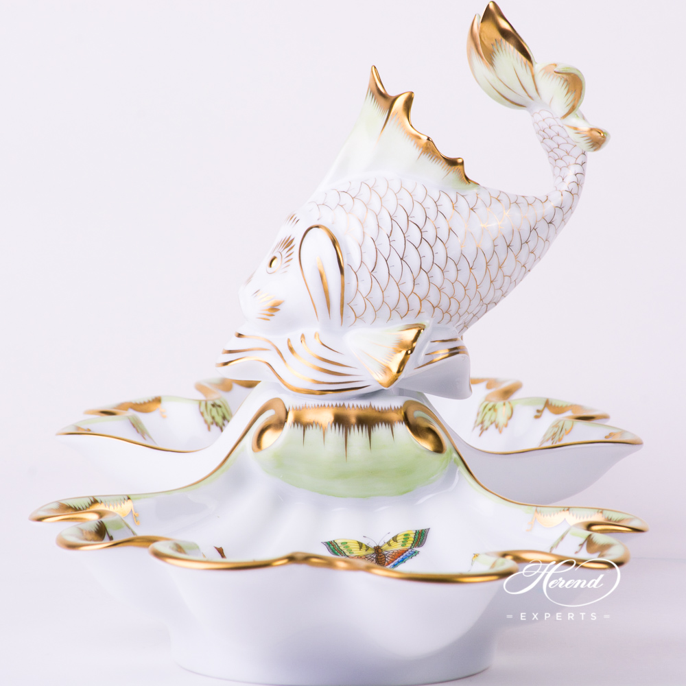 Double Shell w.Fish 7522-0-28 VBO Queen Victoria design. Herend fine china tableware. Hand painted