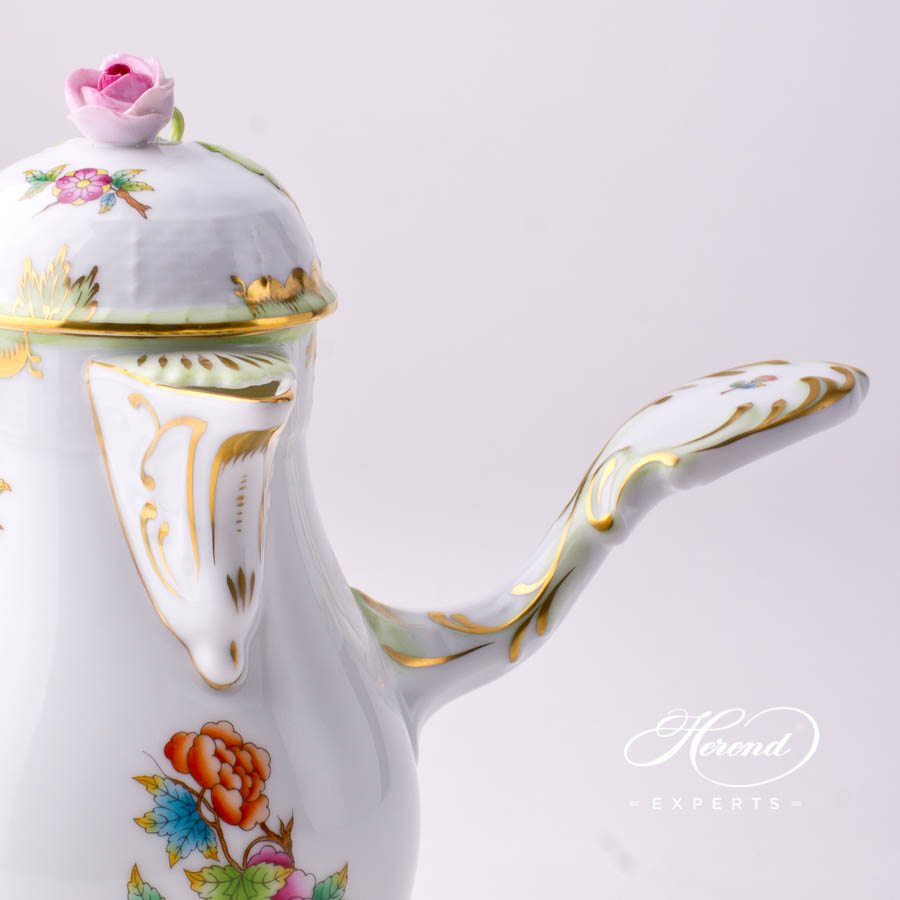 Coffee Pot with Rose Knob 634-0-09 VBO Queen Victoria decor. Herend porcelain tableware. Hand painted