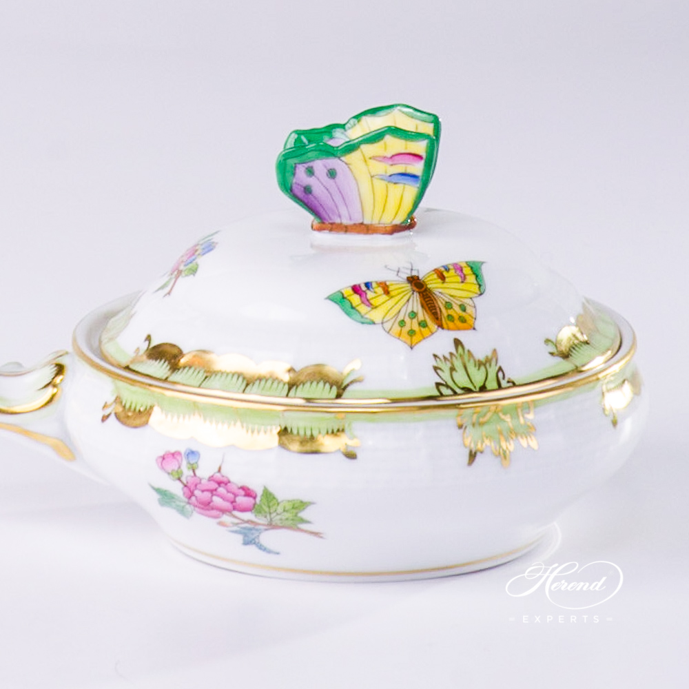 Patty Pan Queen Victoria VBA pattern - Herend porcelain.