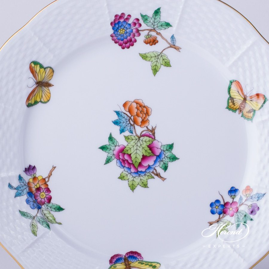 Dessert Plate 520-0-00 VA Queen Victoria pattern. Herend fine china
